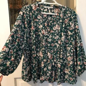 Flowy green flower blouse